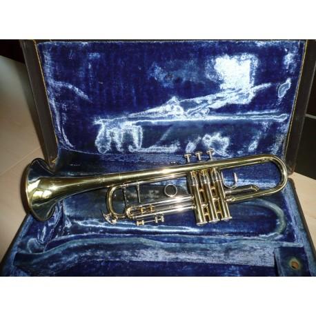 Trimitas Bach Stradivarius 37ML dėvėtas 1975m.